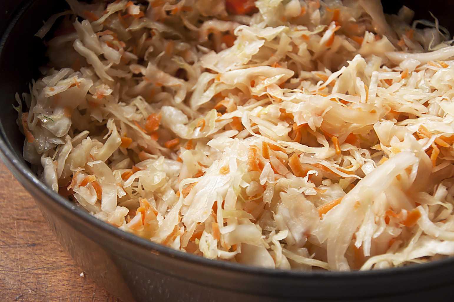 время блюда из кислой капусты рецепты с фото сделать